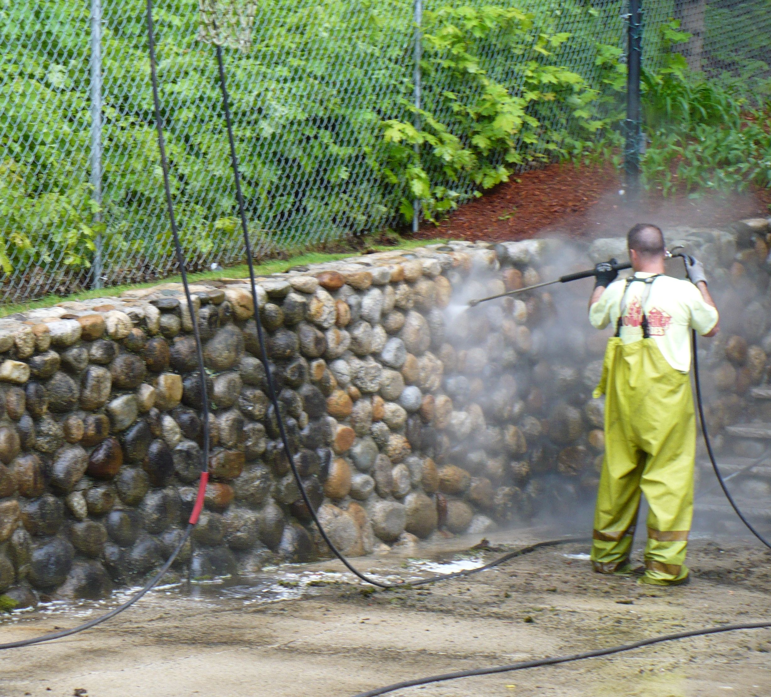 Stone and brick wall washing atlantic power cleaning for Fungal wash for exterior walls